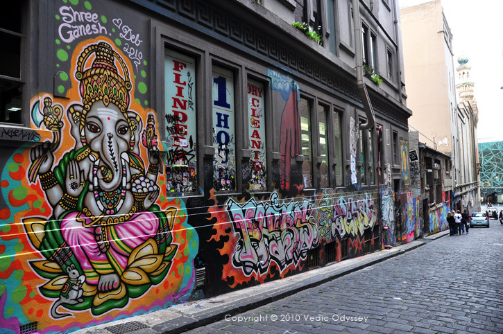 Graffiti-and-ganesha